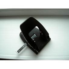 Дырокол металлический 8см 28 листов компактный цвета в ас 4350 NORMA